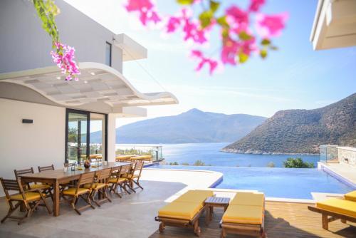 Kalkan Kalkan Villa Sleeps 10 Pool Air Con WiFi rezervasyon