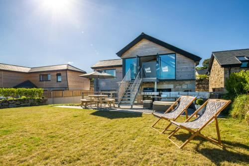 Carbis Bay Villa Sleeps 10 Wifi, St Ives, Cornwall