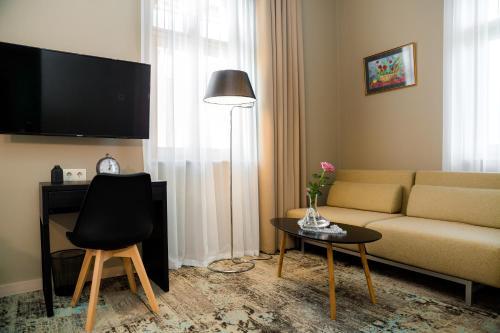 Boutique Apart Hotel Adagio - Accommodation - Tbilisi City