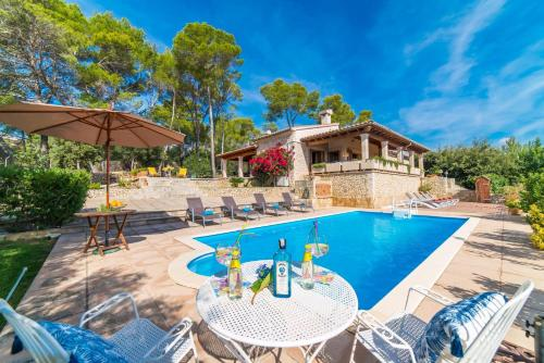 Inca Villa Sleeps 8 Pool Air Con Wifi
