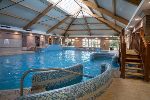 . Hotel Minella & Leisure Centre