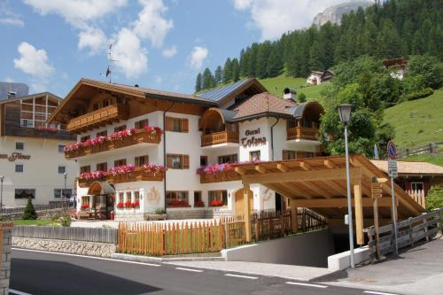 Garnì Tofana - Hotel - Corvara in Badia