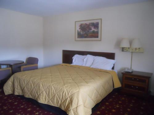 Cascades Motel - Chattanooga - Chattanooga, TN 37412
