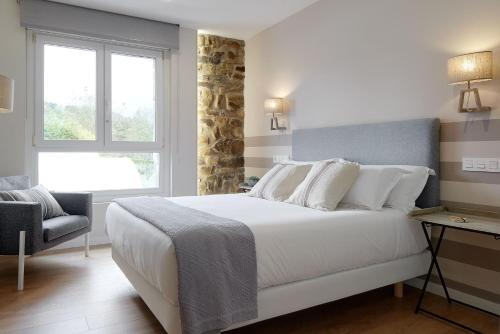 Superior Double Room - single occupancy Heredad de Unanue 28