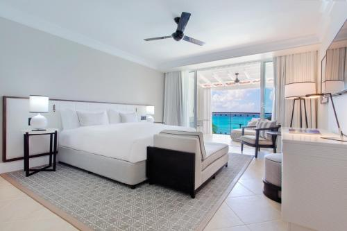 Luxury King Room Ocean Front