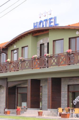 Dragoman Hotel