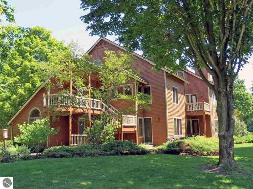 Spacious 2 Bed Condo at Crystal Mountain Resort - Apartment - Thompsonville