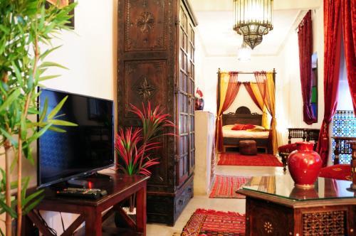 Riad Al Mamoune istabas fotogrāfijas