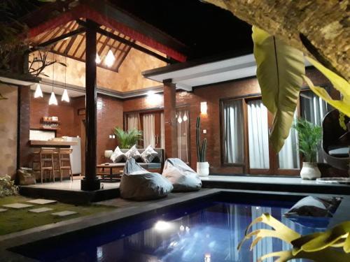 Villa Tiger Berawa Beach