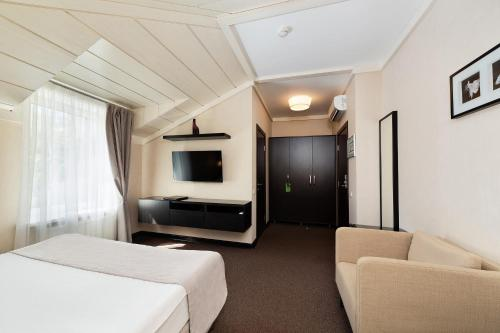 Parkoff Hotel - image 10