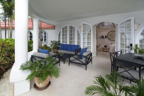 Fairmont Royal Pavilion Barbados Resort rum bilder