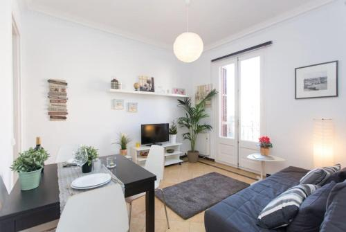 Priority Fira Apartments photo 11