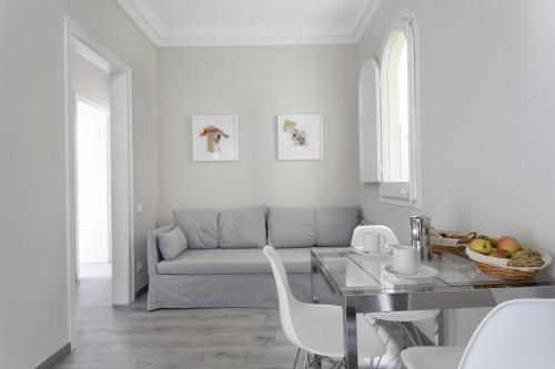 Priority Fira Apartments photo 14