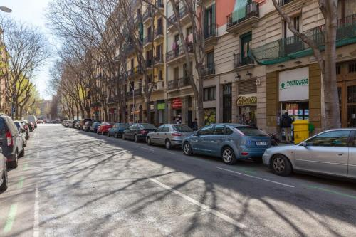 White Suite Barcelona photo 26