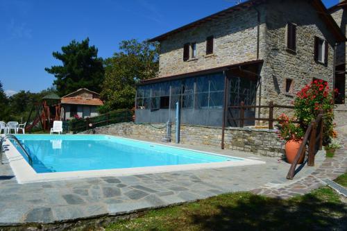 . Casenuove Apartment Sleeps 4 Pool