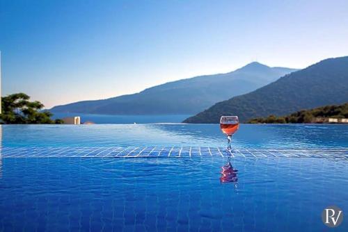 Kalkan Kalkan Villa Sleeps 10 Pool Air Con WiFi telefon