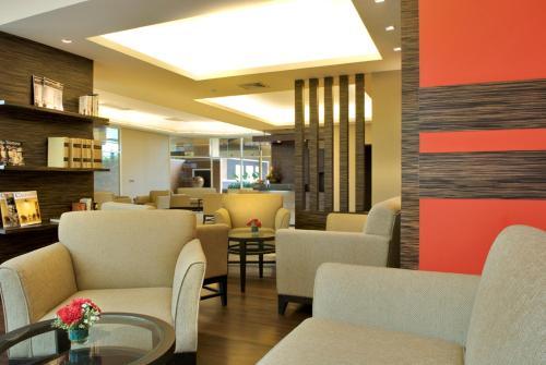 The Narathiwas Hotel & Residence Sathorn Bangkok photo 3