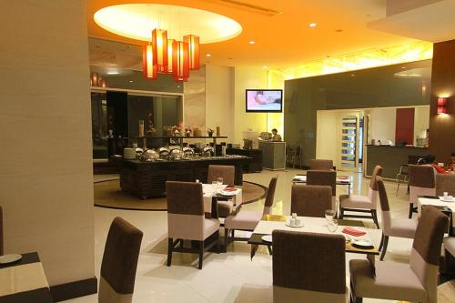 The Narathiwas Hotel & Residence Sathorn Bangkok photo 21