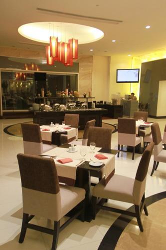 The Narathiwas Hotel & Residence Sathorn Bangkok photo 22