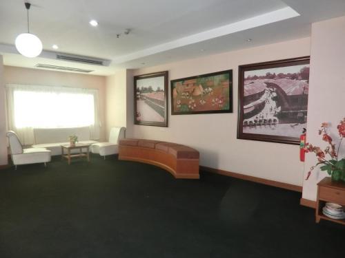 Ayutthaya Thenee Hotel photo 52