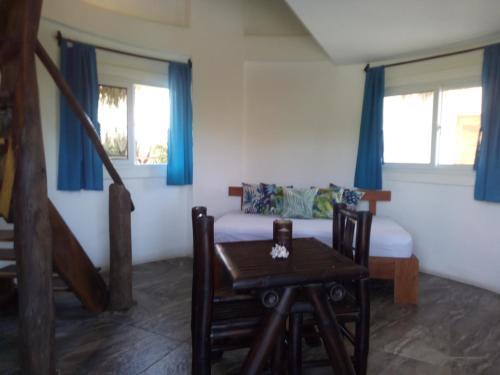 Nayal Lodge