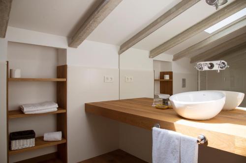 Suite Junior Deluxe Casa Anamaria Hotel & Villas 3
