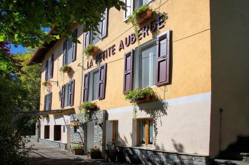 . Hotel La Petite Auberge
