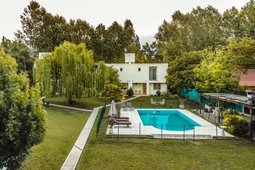 Villa Niagara - Accommodation - Chacras de Coria