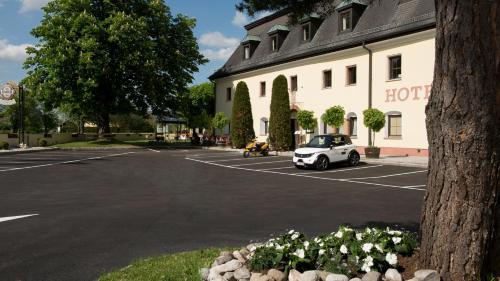 Kaiserhof, Pension in Anif