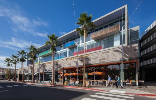 Runway Apartment A105 - Los Angeles, CA 90094