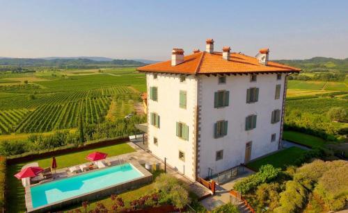 __{offers.Best_flights}__ Hotel Gredič