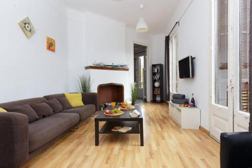 KeyBarcelona Plaza Universidad Apartment - Gran Via