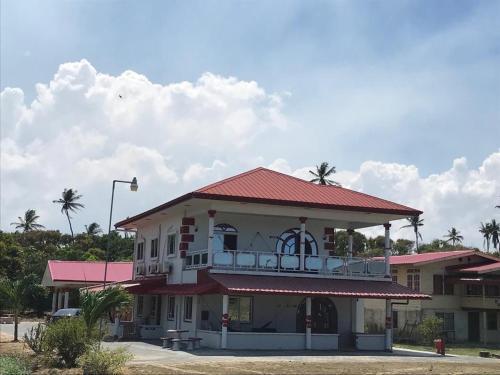 . Zeedijk Resort Nickerie