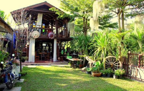 Stay with Brite The Home-stay in Chiang Mai