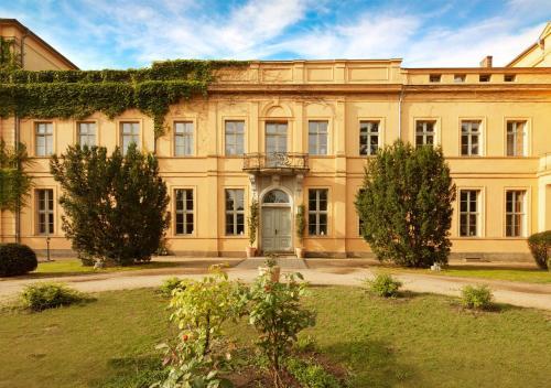 Kasteel-overnachting met je hond in Schlosshotel Ziethen - Kremmen