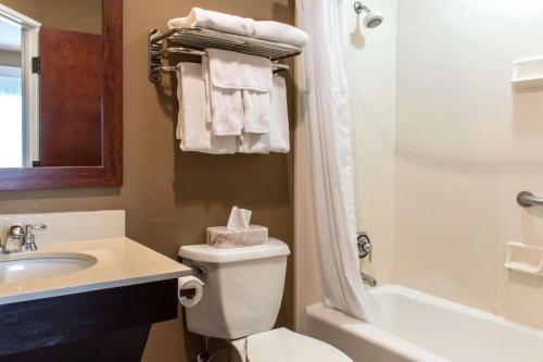 Comfort Suites Scranton Near Montage Mountain