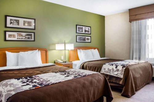 Sleep Inn & Suites Bensalem