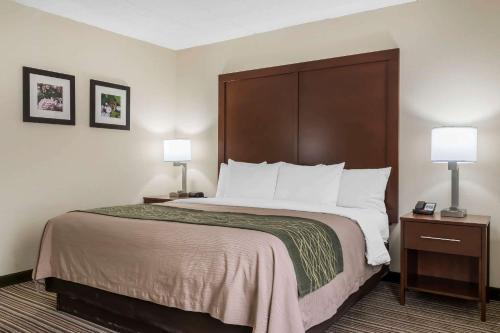 Comfort Inn - Pocono Mountain - Lake Harmony, PA 18661
