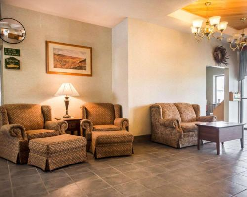 Quality Inn New Columbia-Lewisburg - Hotel - New Columbia