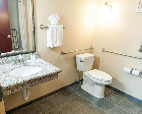Comfort Suites Exton
