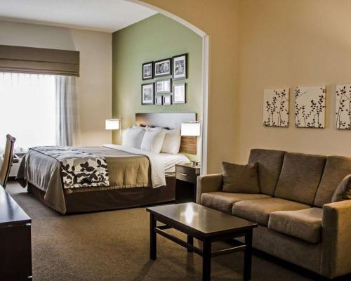 Sleep Inn & Suites Harrisburg - Harrisburg, PA 17111