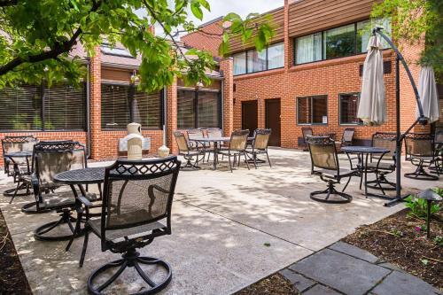 Quality Inn & Suites - Hotel - Altoona