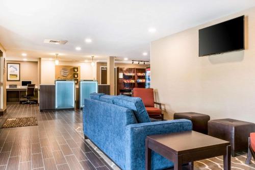 Comfort Inn Chambersburg - Chambersburg, PA 17201