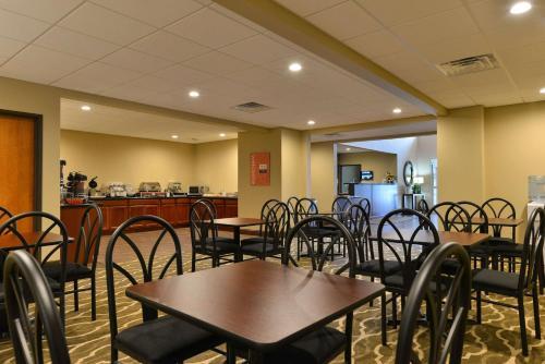 Comfort Inn And Suites Manheim - Manheim, PA 17545