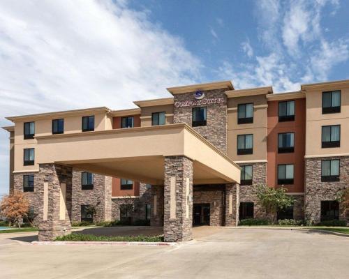 Comfort Suites Greenville - Hotel
