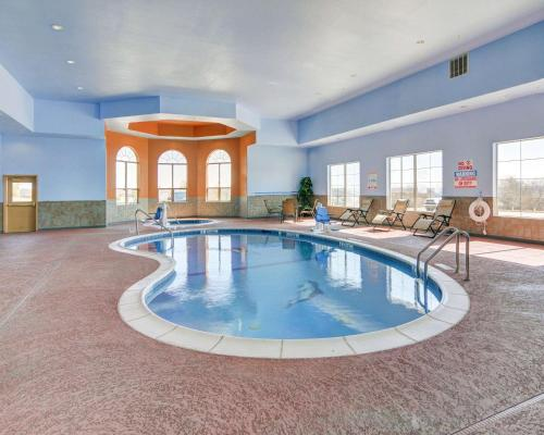 . Comfort Suites - Lake Worth
