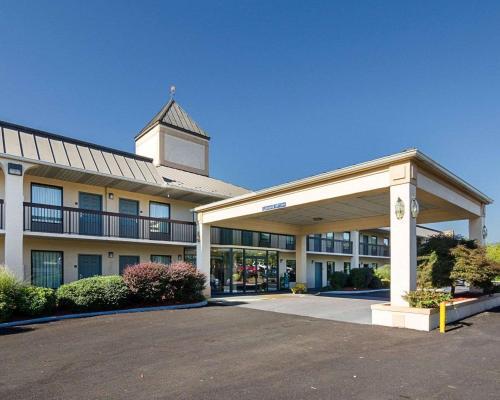 Quality Inn Troutville - Roanoke North - Hotel - Troutville