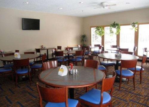 Quality Inn & Suites Valparaiso - Valparaiso, IN 46383