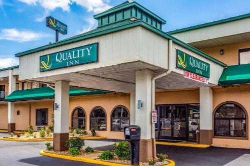 Quality Inn Bowling Green - Bowling Green, KY 42104