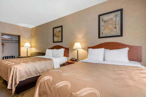 Quality Inn Suites Benton Draffenville Hotel In Ky